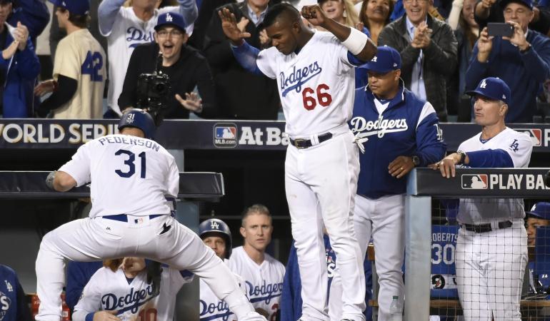 Los Dodgers vencieron 3-1 a los Astros e igualaron la Serie Mundial