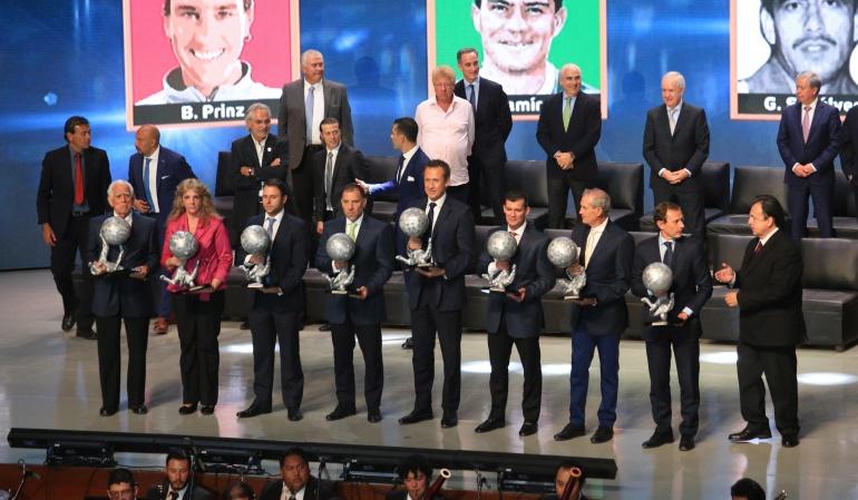 Valdano Francescoli Stoichkov Salóm Fama Fútbol: Guardiola, Stoichkov, Francescoli y Valdano, nuevos miembros del Salón de la Fama