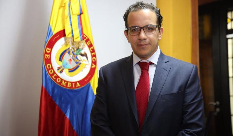 Jorge Andrés Carrillo, viceministro de Agua: El ingeniero civil Jorge Andrés Carrillo se posesionó como viceministro de Agua