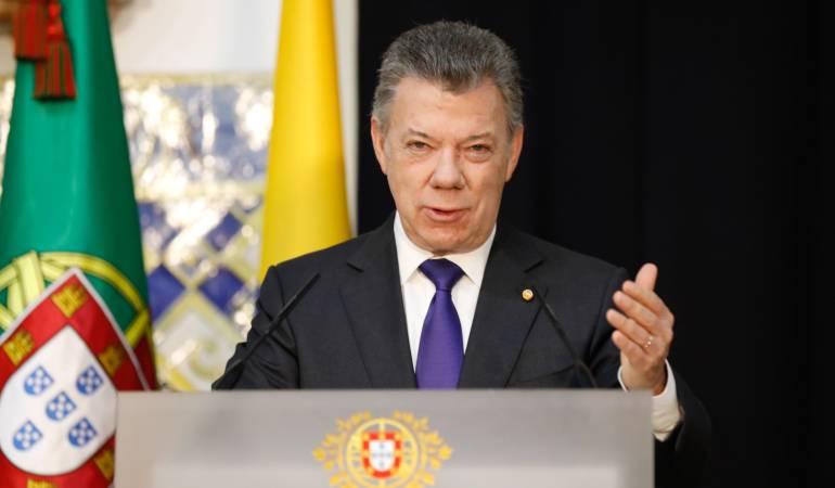Santos destaca decisión de la UE de sacar a Farc de lista de terroristas