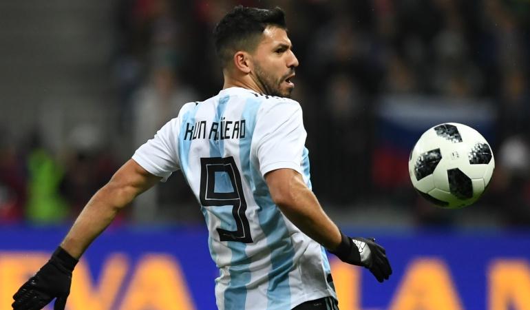Sergio Aguero desmayo: Agüero sufrió un desmayo en el entretiempo del partido de Argentina