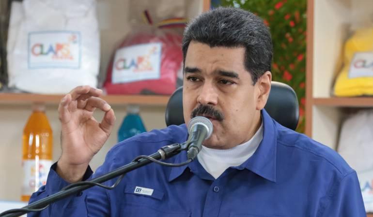 Maduro arremete de nuevo en contra de Santos por caso medicinas: Maduro dice a Santos que la revolución bolivariana será su pesadilla 100 años