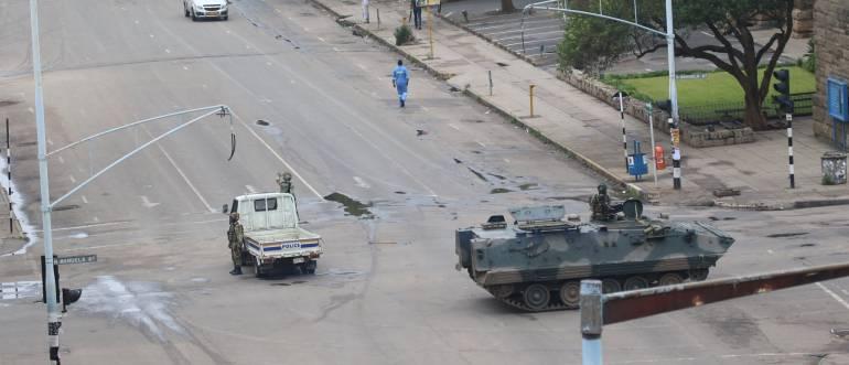 Tensión en Zimbabue ante aparente golpe de Estado
