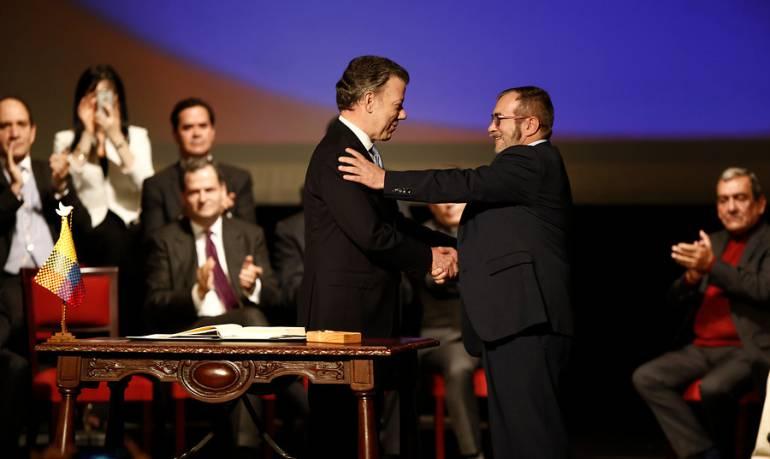 Santos se reunirá con Timochenko en Bogotá