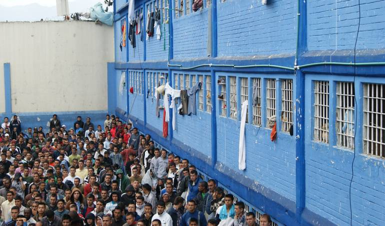 Carceles medios de comunicación: Corte ordena mejorar telefonía e internet en las cárceles