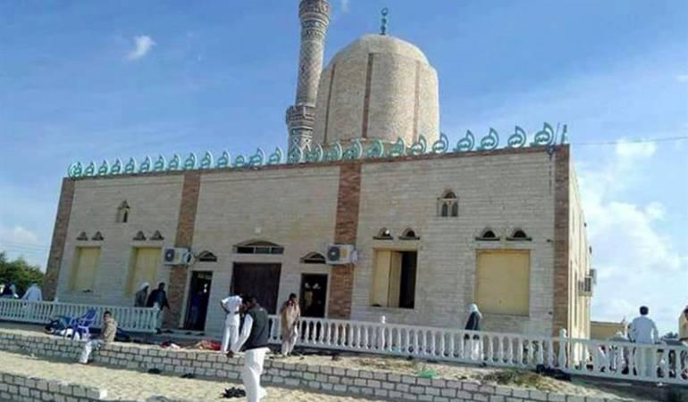 YIHADISTAS EGIPTO Sinaí egipcio: Elevan a 305 los muertos en la masacre contra una mezquita en el Sinaí egipcio