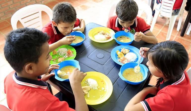 Corrupción en el PAE: Nuevas irregularidades del Plan de Alimentación Escolar revela la Contraloría