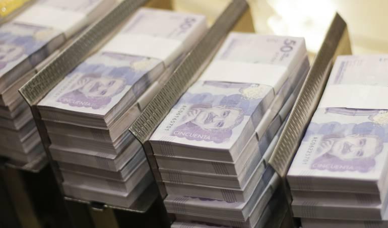 Proponen nuevos impuestos para los colombianos: Empresarios plantean un impuesto para los salarios bajos en Colombia