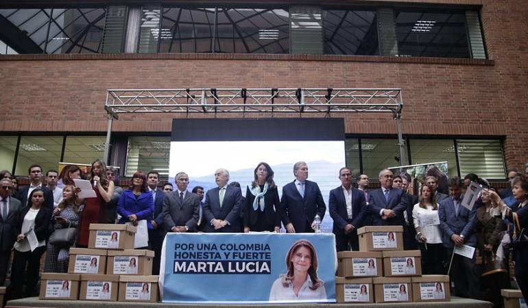 Marta Lucía Ramírez quiere ser la candidata de la coalición Uribe Pastrana