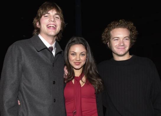 Primera foto de Mila Kunis y Ashton Kutcher: Mila Kunis y Ashton Kutcher posan por primera vez en una alfombra roja