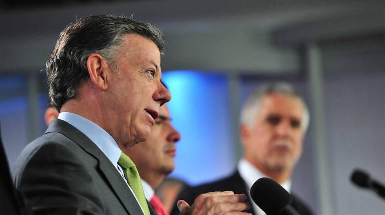 Eln Santos niega crisis: Santos niega crisis y anuncia que habrá nuevo equipo negociador con el Eln