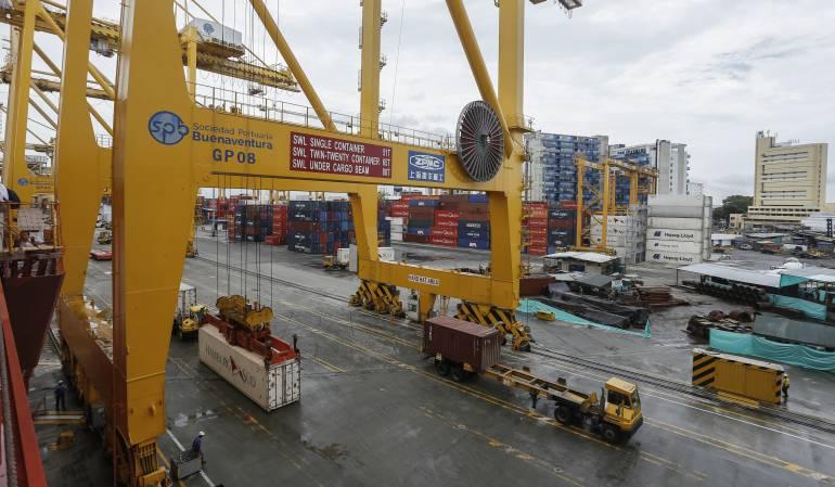 Duro golpe al contrabando deja decomiso a 15 contenedores en Buenaventura