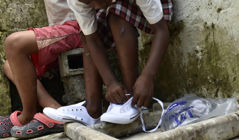 """Campaña de donación de zapatos: """"Zapato al Corazón"""" busca donar 2.000 pares de zapatos en el país"""