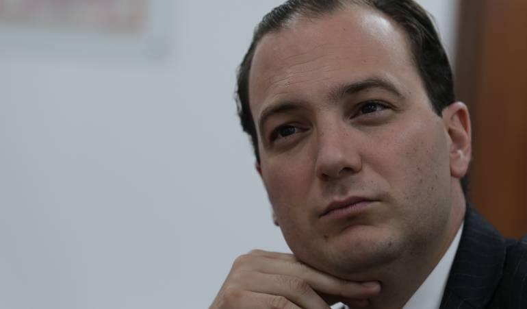 Renuncia de superintendente de servicios públicos: Renunció superservicios públicos, José Miguel Mendoza