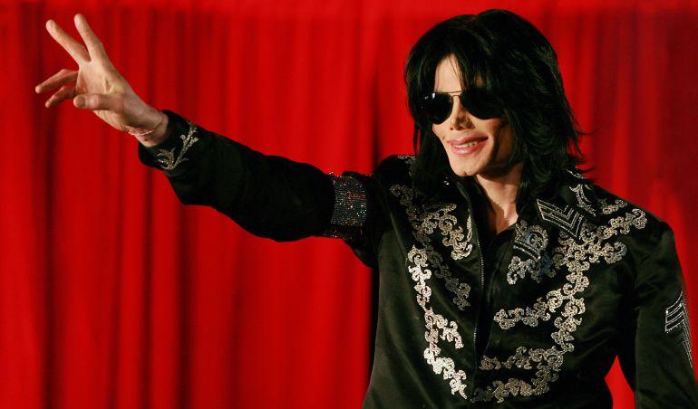 Hijos de Michael Jackson sorprenden