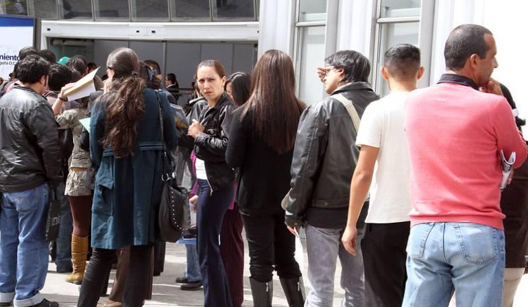 En noviembre tasa de desempleo subió a 8,4%