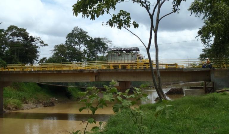 Denuncia: Comunidad de Paz de San José de Apartadó asediada por paramilitares
