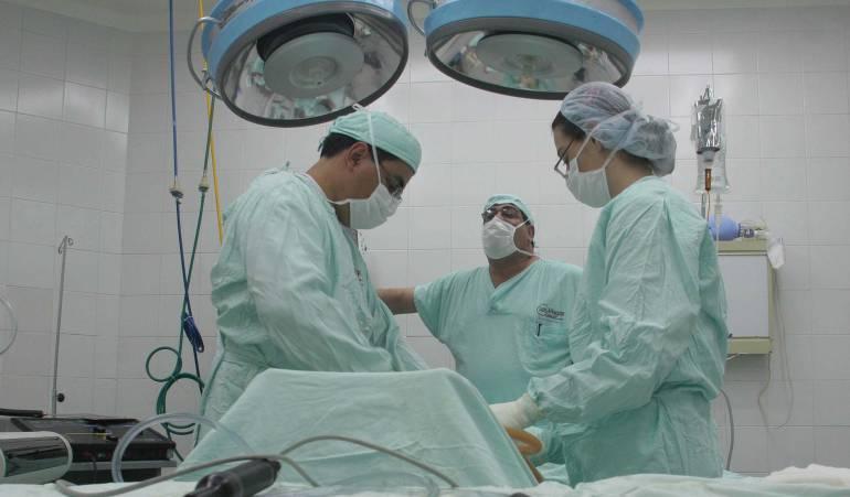 Médicos especialistas sin sueldo hace 3 meses en Clínica Esimed de Tunja: Médicos de Clínica Esimed denuncian que no les pagan hace 3 meses