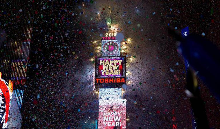 Times Square bola de cristal Nueva York: La tradicional celebración de año nuevo frente al Times Square de Nueva York