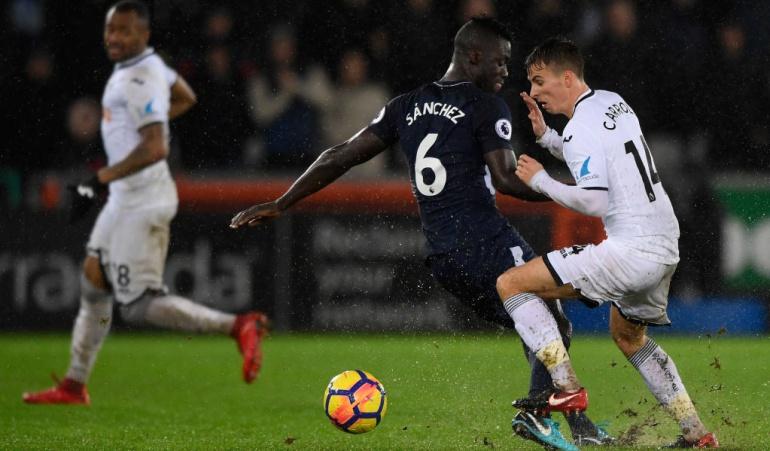 Dávinson Sánchez Tottenham victoria 2018: Dávinson Sánchez y Tottenham inician con victoria el 2018