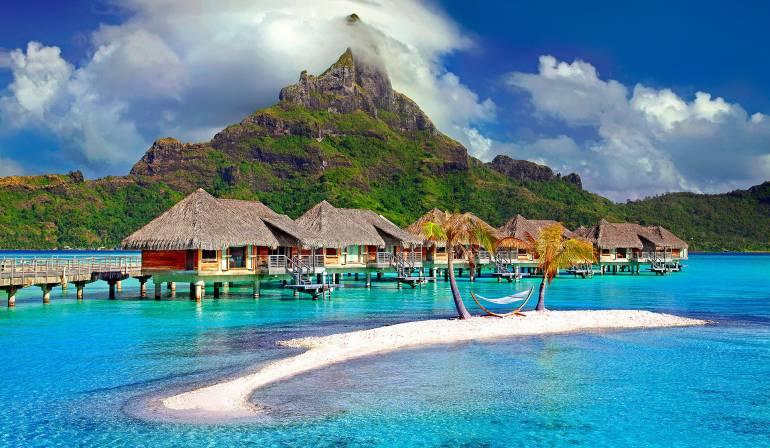 La mitad de los viajeros reserva sus vacaciones en el último momento