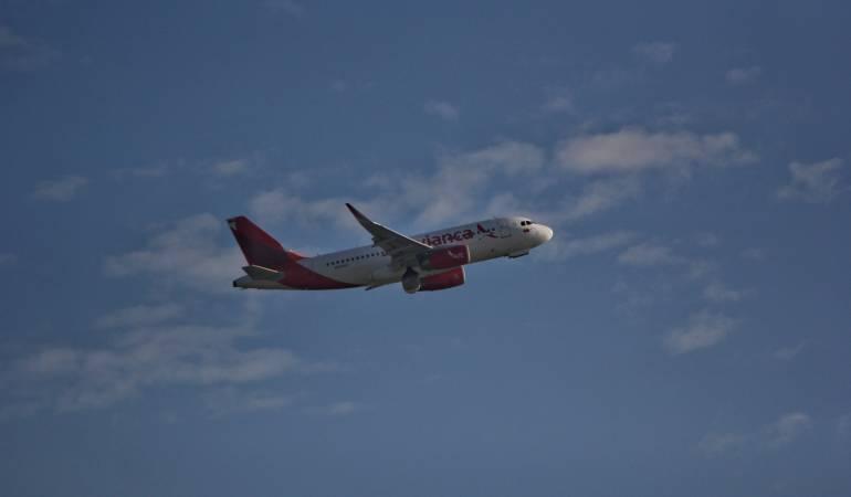 Avianca cancela 17 nuevos vuelos a Nueva York por tormenta 'Grayson'