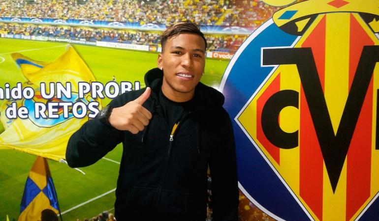 Futbolistas colombianos: Dupla colombiana: Villarreal presenta oficialmente a Roger Martínez como nuevo jugador