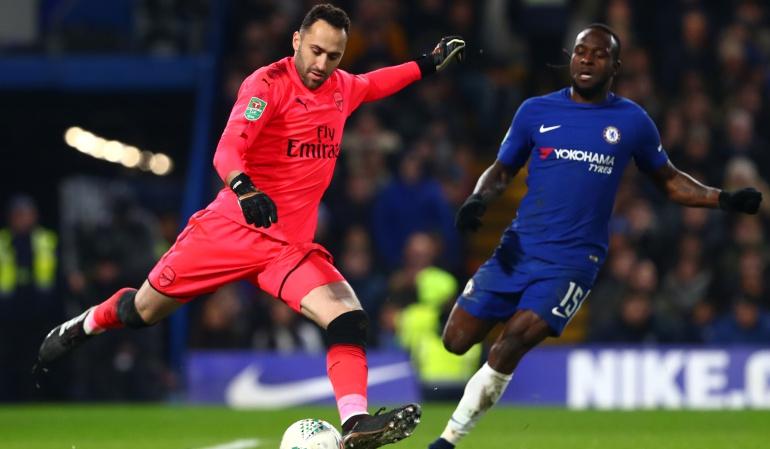 Copa de la Liga: Con un gran partido de Ospina, Arsenal empató ante Chelsea por Copa de la Liga