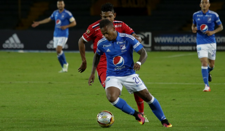 Estudiantes abrochó a un delantero: Andrés Ramiro Escobar