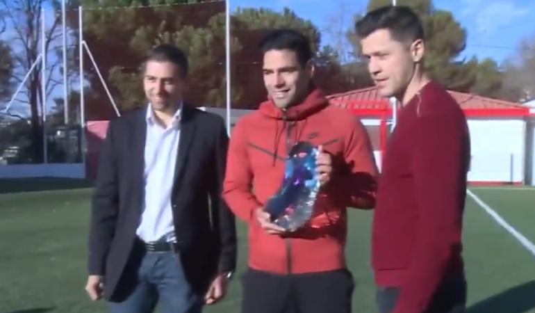 Falcao Mónaco: Falcao recibió el 'trofeo azul' al mejor deportista del 2017