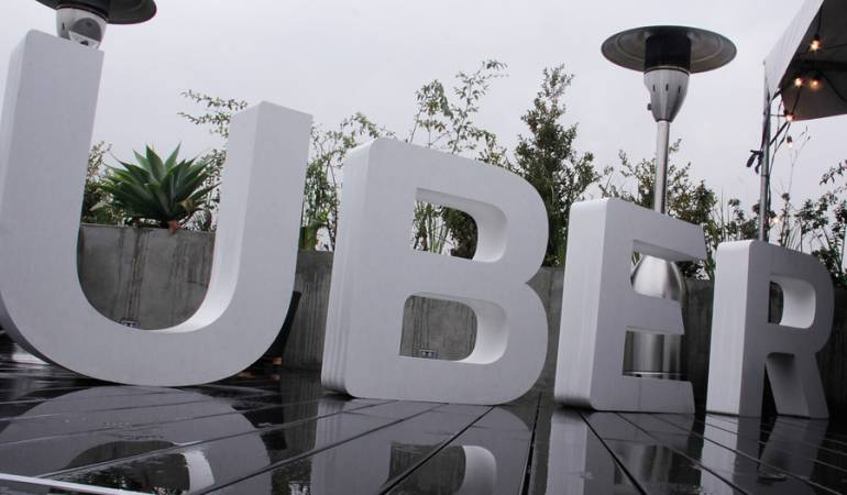 Uber ilegal: Uber tendrá que habilitarse como empresa de transporte: superintendente