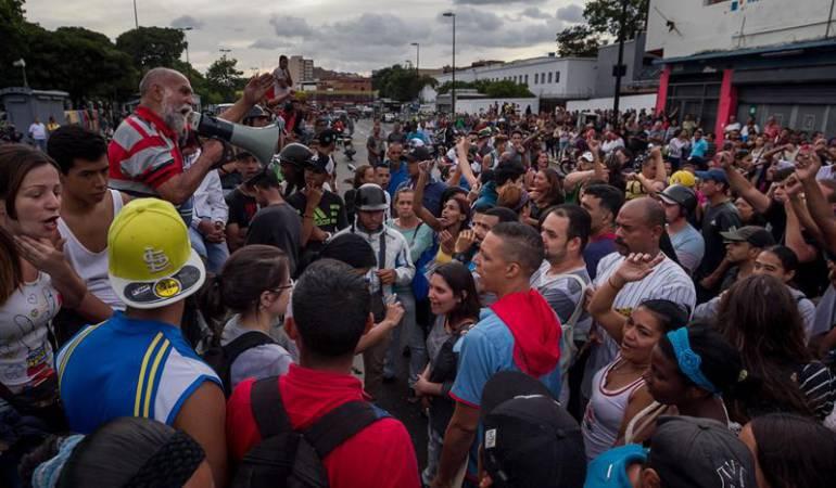 Saqueos en Venezuela por falta de alimentos