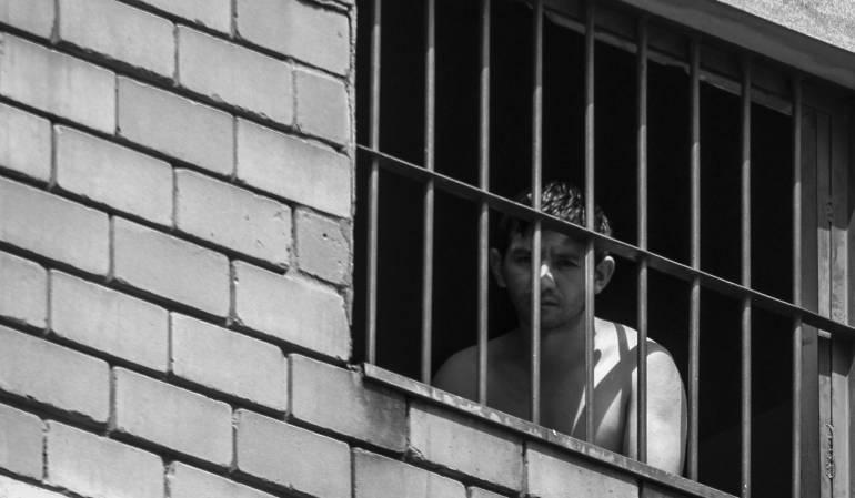 Alertan por motín en venezuela, donde cogieron como rehenes a presos políticos: Internos tienen a presos políticos como rehenes en cárcel de Venezuela