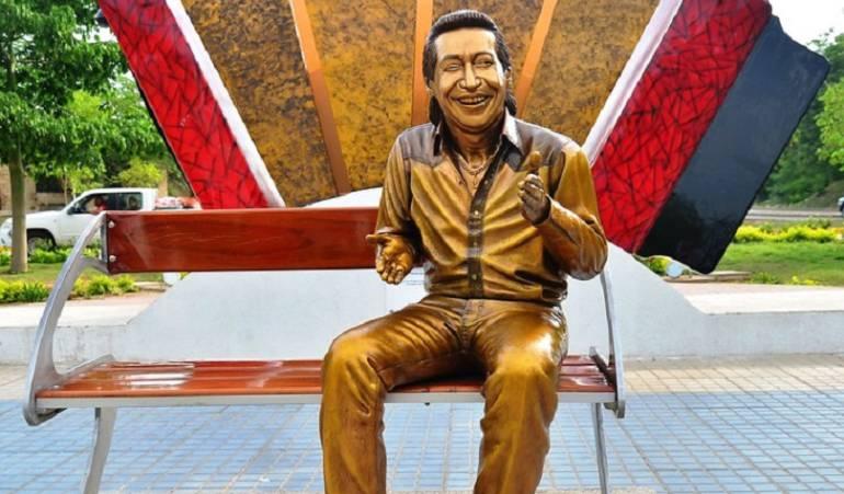 Piden respeto para la estatua de Diomedes Díaz: Hija de Diomedes Díaz pide respeto por la estatua de su padre