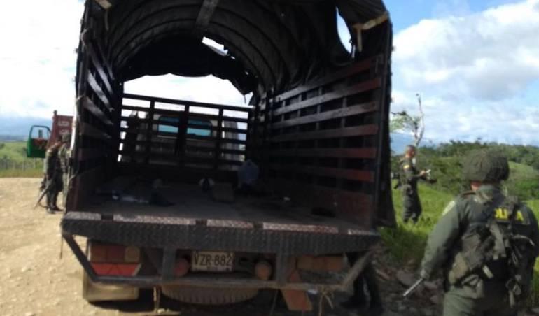 Emboscada mesetas meta policía: Seis policías heridos deja emboscada con explosivos en Mesetas, Meta