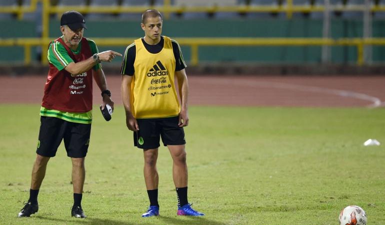 Juan Carlos Orosio y Javier 'Chicharito' Hernández
