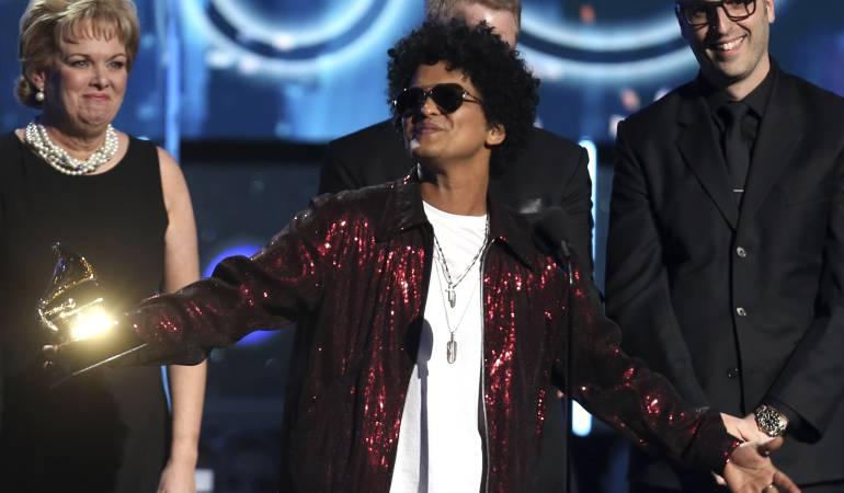 Bruno Mars se apunta oro en los Grammy