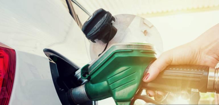 Alza en precios de la gasolina: Gasolina sube $128 y ACP $132