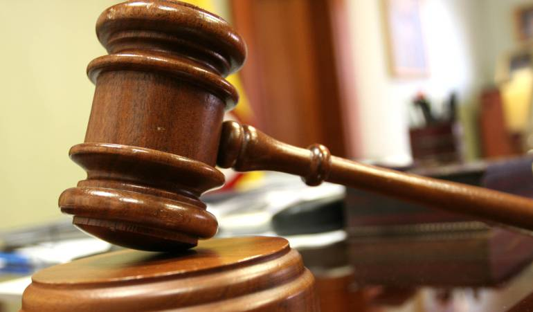 caso escolta Bogotá asalto autopísta: Fiscalía archivará investigación contra el escolta Mario Muñoz