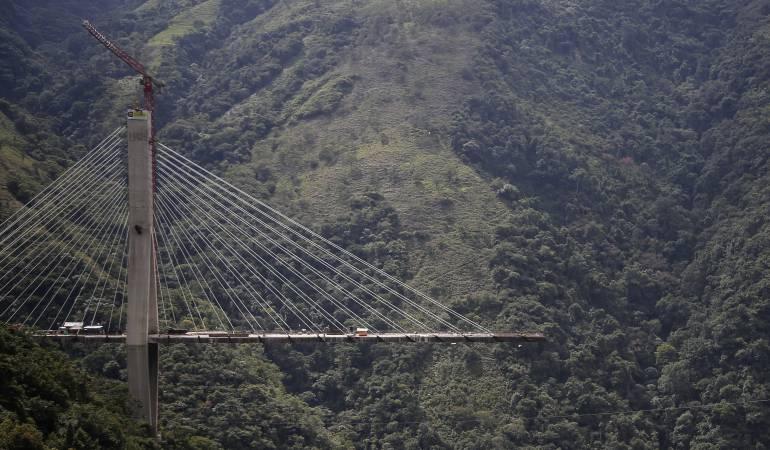 Vía al Llano: Reabren en ambos sentidos la vía Bogotá - Villavicencio