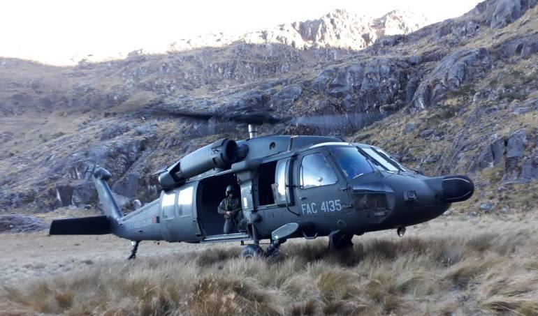 Fuerza Aérea rescató cadáveres de dos cóndores en la Sierra Nevada