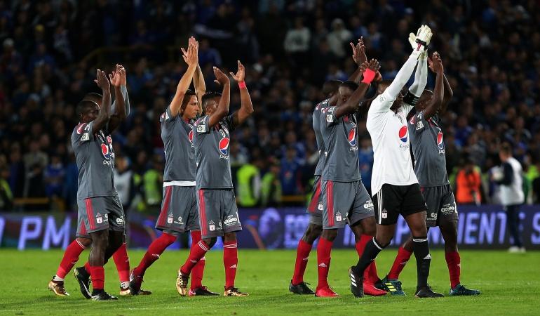América Sudamericana Defensa y Justicia: América vuelve a un torneo internacional después de nueve años
