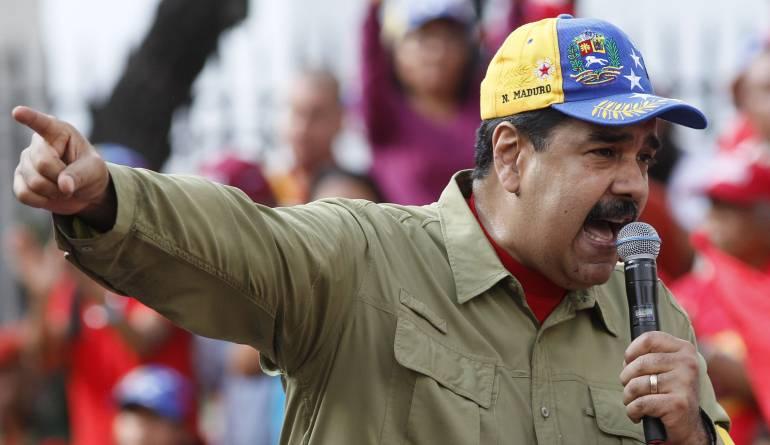 Maduro pide una cumbre de Unasur para hablar de la situación venezolana