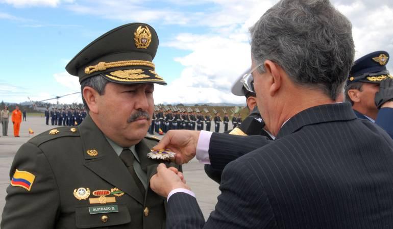Pide libertad ex funcionario de Uribe relacionado con narcotraficantes: Ex jefe de seguridad de Álvaro Uribe solicitó su libertad