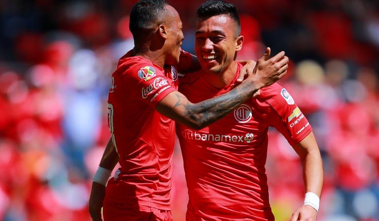 Fernando Uribe Toluca: Fernando Uribe anotó doblete en la victoria 2-0 del Toluca