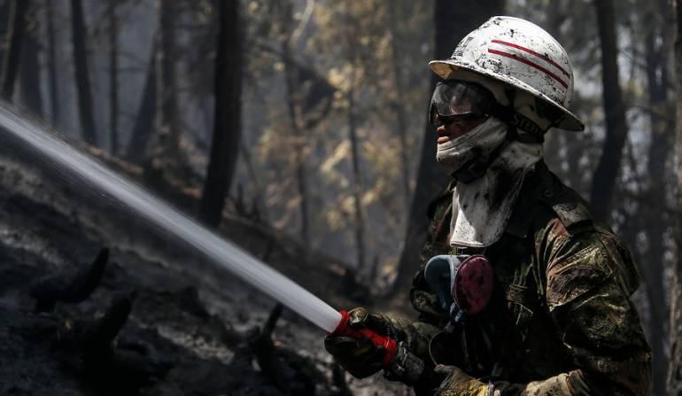 Serranía La Lindosa incendios: Incendios en serranía La Lindosa se han controlado en un 70%