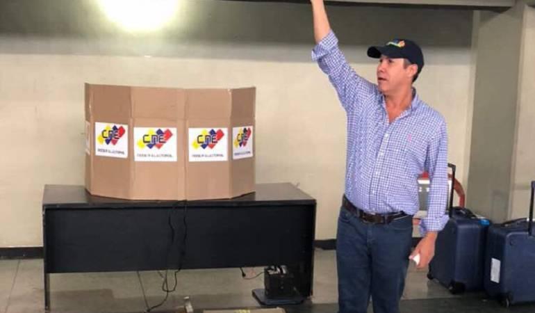 Elecciones Venzuela: Precandidato opositor venezolano evalúa su inscripción para presidenciales