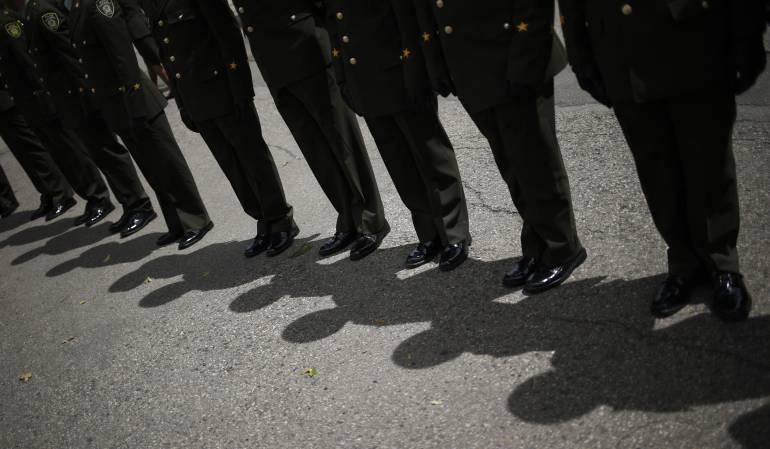 Muere auxiliar en la escuela de cadetes.: Muere auxiliar de la Policía mientras hacía ejercicio