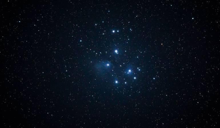 """Primeras estrellas se """"encendieron"""" 180 millones de años tras el Big Bang"""