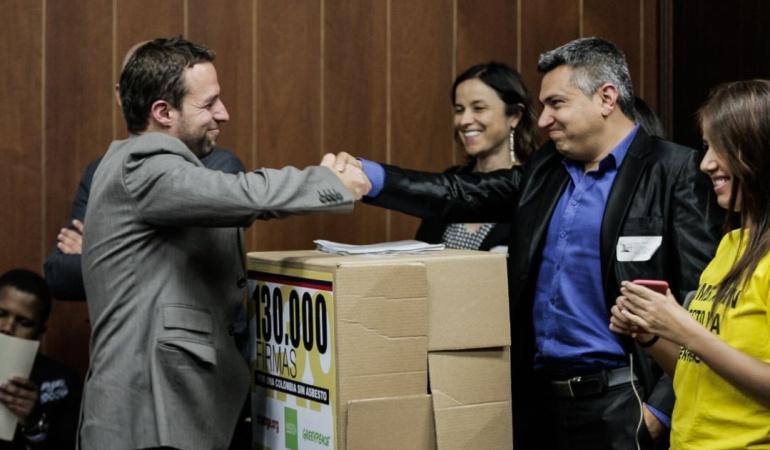 causas digitales un éxito en Colombia: Con firmas digitales colombianos han logrado tramitar 19 causas ciudadanas